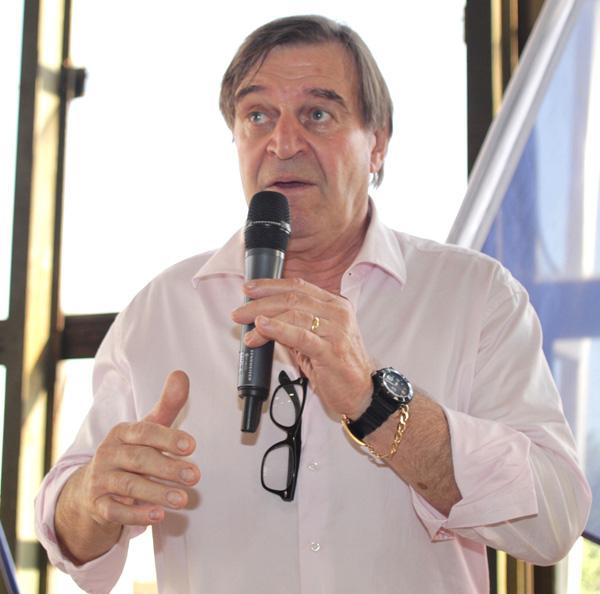 Bernard Rapha réélu président la FFSS